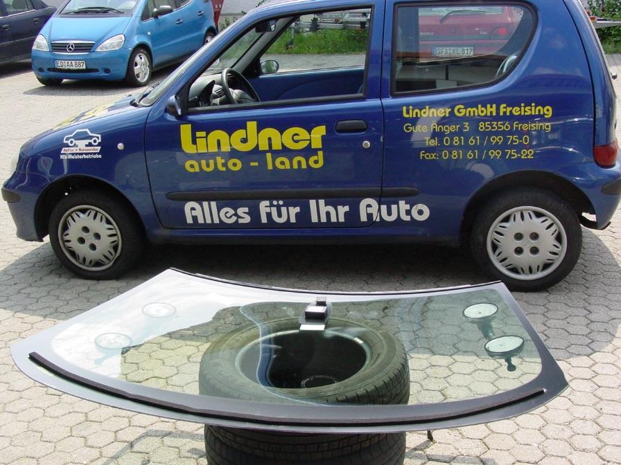 Autoglas Reparatur Freising bei München | Steinschlag